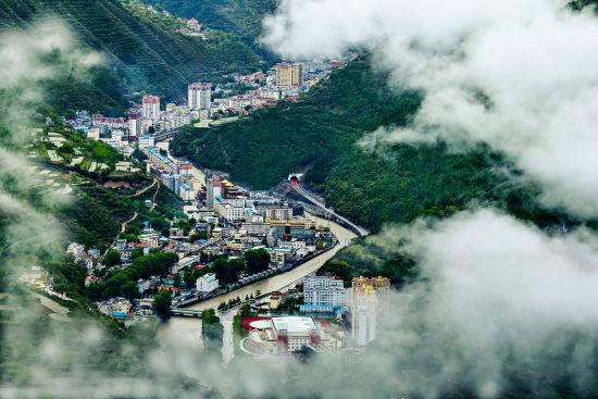 四川马尔康第六届嘉绒锅庄文化旅游节将于26日举行