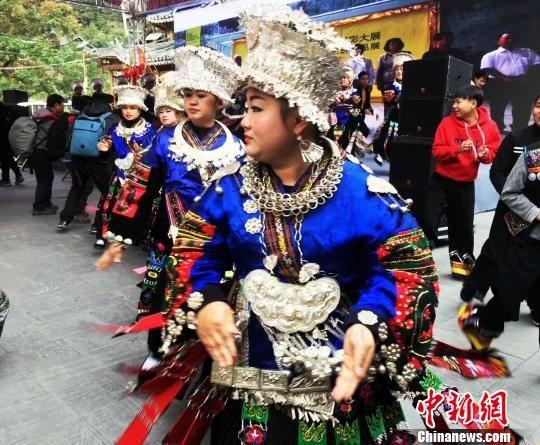 多姿多彩的贵州民族风情。 杨云 摄
