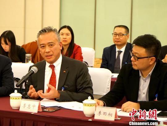 四川省政协委员、李锦记酱料集团主席李惠中。 钟欣 摄