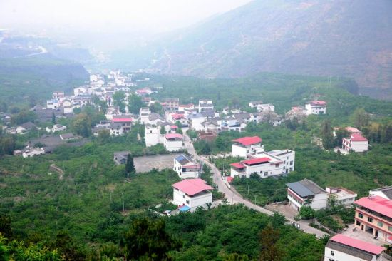 双溪乡申沟村(姜锦 摄)