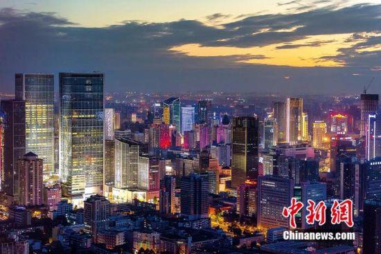 成都城市夜景。成都市政府新闻办供图