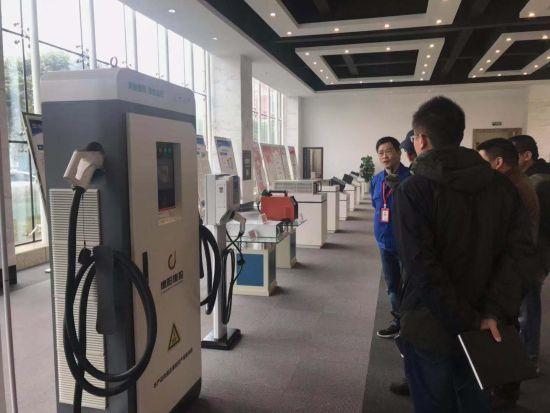 生产新能源充电桩的民营企业。刘婷 摄
