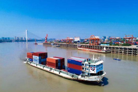 川南临港片 天辰平台区:以港口联通世界