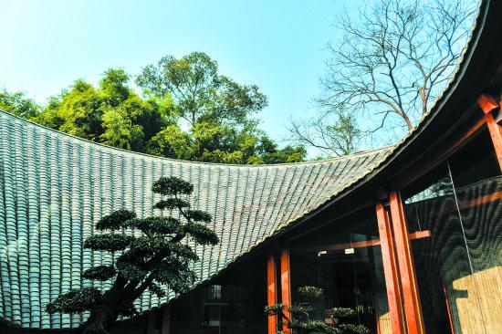 崇州竹艺村以非物质文化遗产项目吸引众多游客