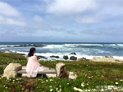 海宴在微博中说:海景太美,海姐忍不住又出镜了
