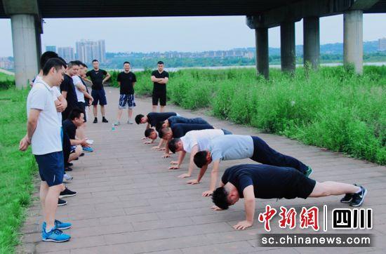 http://www.oidsq.club/caijingfenxi/9560.html