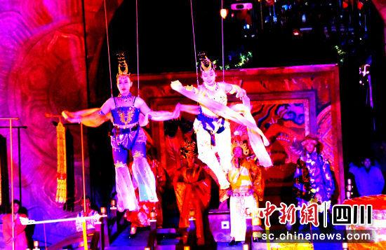 大型沉浸式实景演绎《大唐松州·瓮城传奇》亮相松潘—中国新闻网·四川新闻