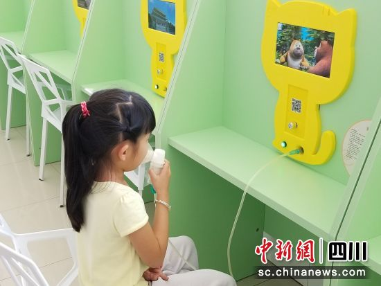 会东县人民医院儿科智能雾化室。 钟欣 摄