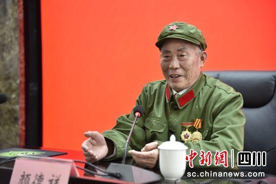 老兵讲故事(自贡税务 供图)