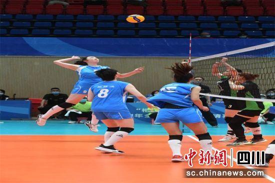 2021年全国排球四强邀请赛成都温江赛区开赛—中国新闻网·四川新闻