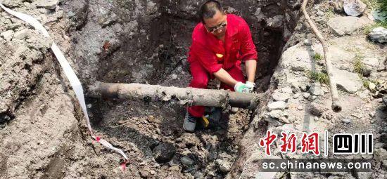 利通燃气工人正在施工。 旌阳区委宣传部供图