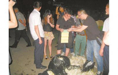日产毒豆芽2000斤 四川德阳一黑心老板被批捕