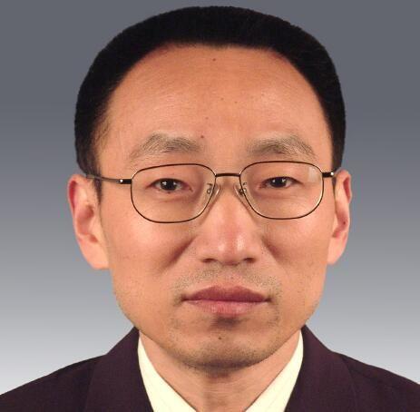 成都市水务局党组成员、副局长丁鹤