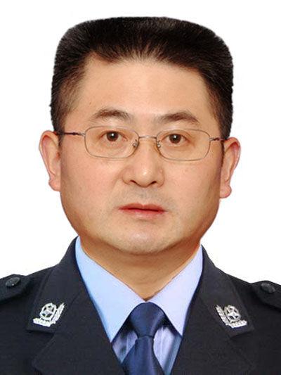 成都市公安局副局长王德运