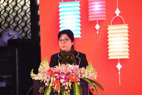 四川省商务厅副厅长于滨主持启动仪式,袁小然摄影